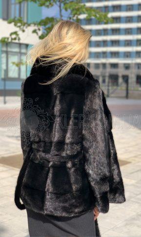 полушубок фасона пиджак из норки черного цвета